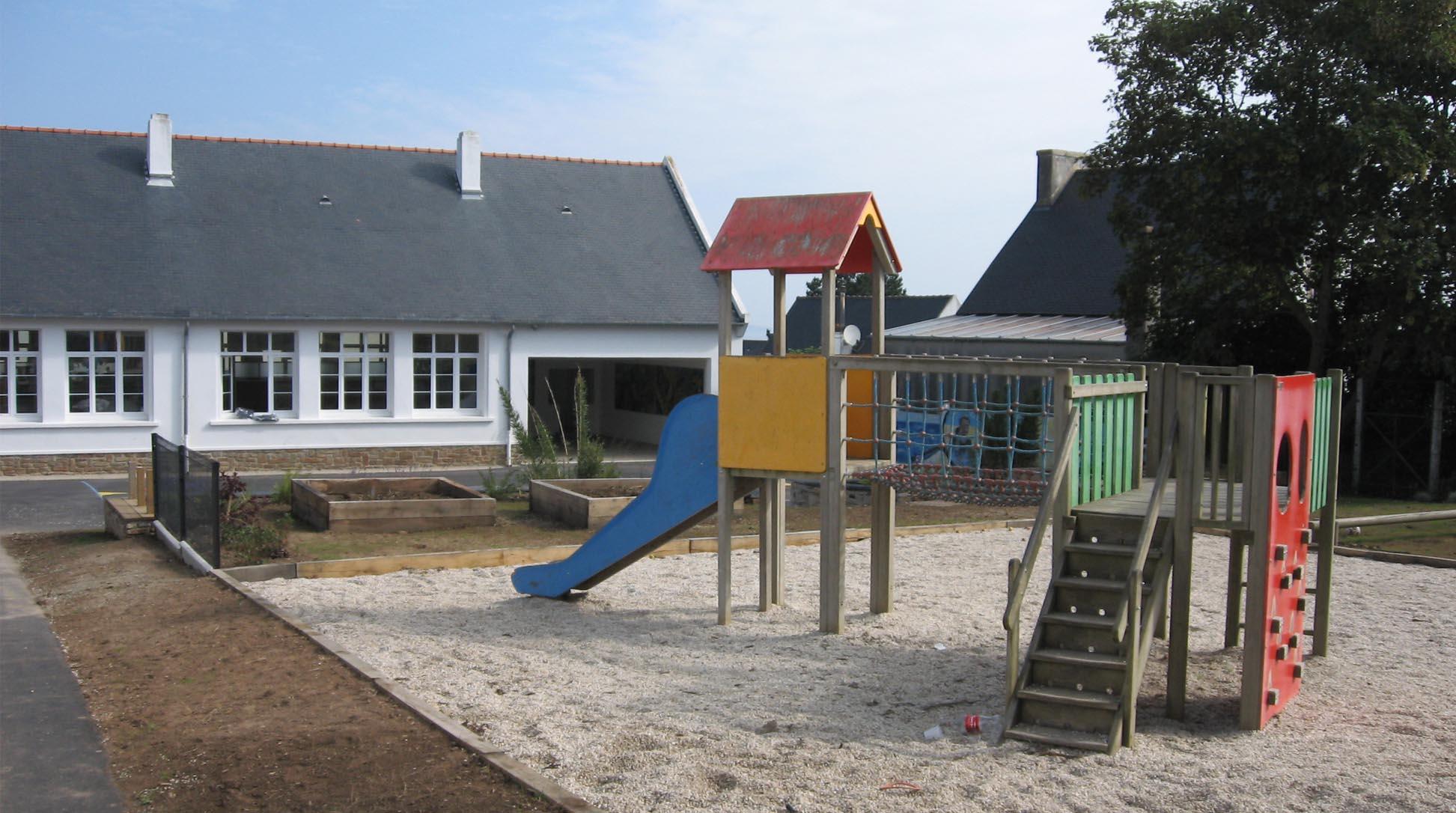 École à Locquirec